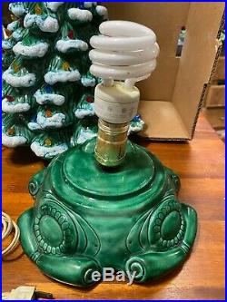 Vintage Green Ceramic Christmas Tree Lamp Musical Light Multi Colored 18 1970`s