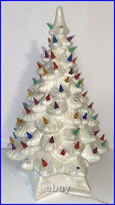 Vintage Holland Mold White Ceramic Lighted 20 Christmas Tree