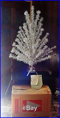 Vintage IMPERIAL 4.5 FT Deluxe Christmas Tinsel Silver Aluminum Pom Pom Tree Box