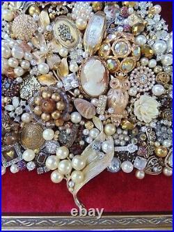 Vintage Jewelry Framed CHRISTMAS TREE Gold STAR CameoGold OwlFlower Locket