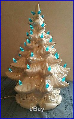 Vintage LARGE 16 ATLANTIC MOLD PEARL WHITE CERAMIC CHRISTMAS TREE BLUE LIGHT