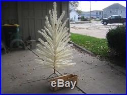 Vintage Living Aluminum Cream Color Vinyl Christmas Tree 6' 84 Branches No Stand
