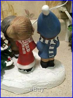 Vintage Rare Ceramic Lighted Christmas Tree Table Top Lamp Light Carolers Dog
