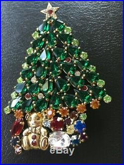 Vintage Rhinestone Christmas Tree Brooch Pin 3