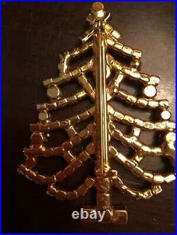 Vintage Rhinestone Christmas tree pin brooch gold tone Prong Set Multicolored