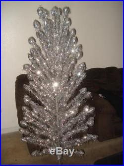 Vintage Splender Silver Pom Pom Aluminum Christmas Tree 5 Feet Tall Boxed
