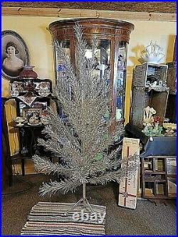 Vintage Stainless Aluminum 6ft Christmas Tree Aluminum Specialty Co. With 43 BR