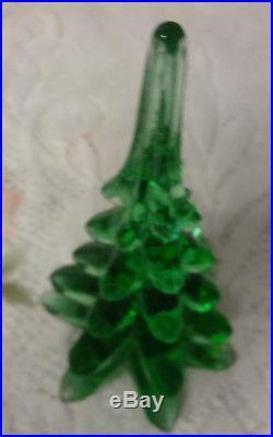 Vintage Studio Art Blown Glass Green Christmas Tree Figurine Very Beautiful 8h