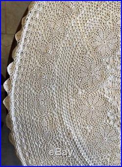 Vintage Victorian Christmas 48 Hand Crocheted Cream Lined Tree Skirt