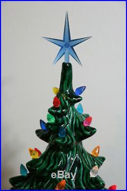 Vintage XL Lighted 2 Piece Atlantic Mold Ceramic Christmas Tree 26 High 1975
