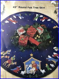 Vtg 1991 Bucilla NATIVITY Felt Holy Christmas 43 Round Tree Skirt Kit BLUE