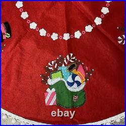 Vtg 42.5 Red Felt CHRISTMAS TREE SKIRT Table Cover Sequin Santa Snowman Handmade