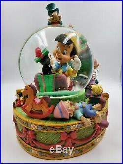 Vtg Disney Pinocchio Jiminy Cricket Christmas Tree Musical Snow Globe Retired