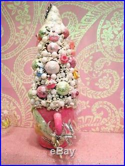 Vtg Lefton Christmas Pink Pixie Elf Tree Pastel Pink Deer CHARM Cupcakes Pearls