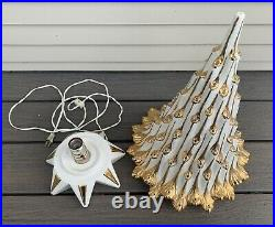 Vtg Mid Century CERAMIC CHRISTMAS TREE Atlantic Mold WHITE & GOLD 20 mcm Lamp