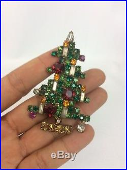 Vtg Weiss Multi Rhinestone Christmas Tree 6 Candles Bronze tone pin brooch